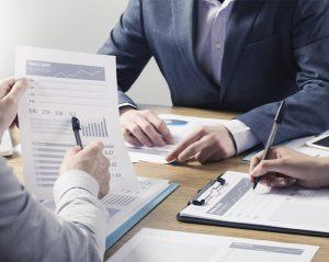 O que é ROI para advogados e como usar para otimizar a produtividade do departamento jurídico